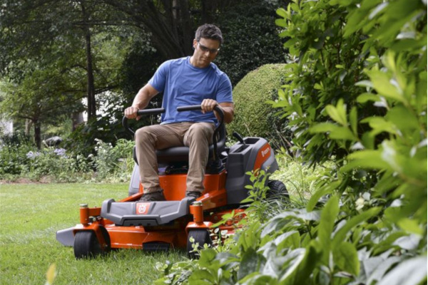 Husqvarna-LawnCare-2019.jpg