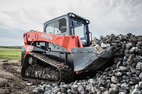 Kubota-TrackLoaders-Cat.jpg